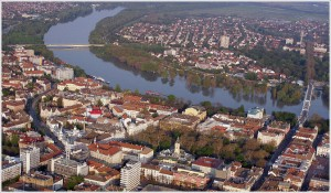International Moving to Hungary   SDC
