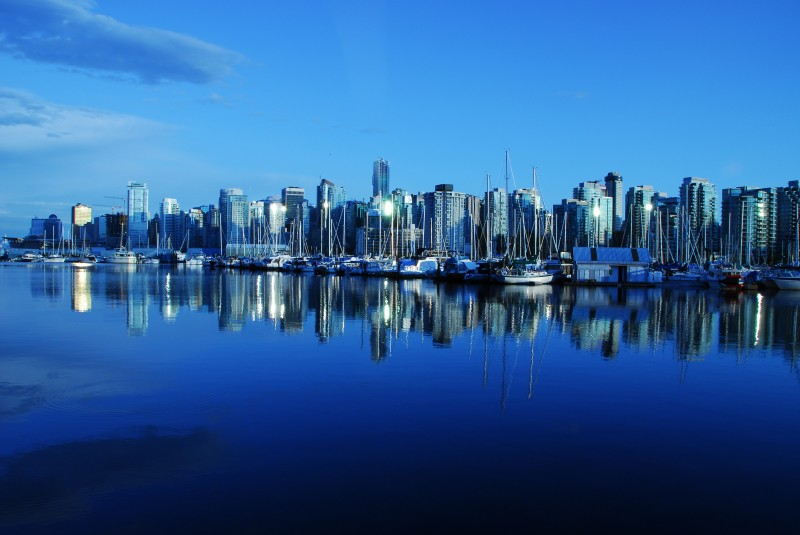 International Moving Company to Canada | Skyline of City in Canada