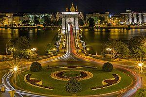 moving company to Hungary